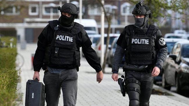 Otoritas keamanan Belanda masih mencari motif penembakan di sebuah trem di kawasan 24 Otkoberplein, Utrecht, yang menewaskan tiga orang pada Senin (18/3).