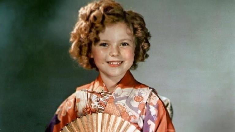 Di usia remajanya, Shirley menjadi aktris yang berhasil mengantong lebih dari Rp42,5 miliar. Pada tahun tersebut, pendapatan sebesar itu tentu tergolong tinggi.