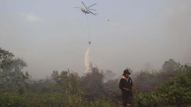 Satgas Karhutla Sumatera Selatan menurunkan tujuh unit helikopter pembom air (waterbombing) sekaligus untuk memadamkan api yang tersebar di sejumlah kabupaten.