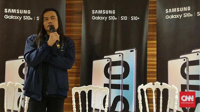 Sutradara Jay Subiakto membagikan tips untuk mengabadikan momen berbekal ponsel pintar.
