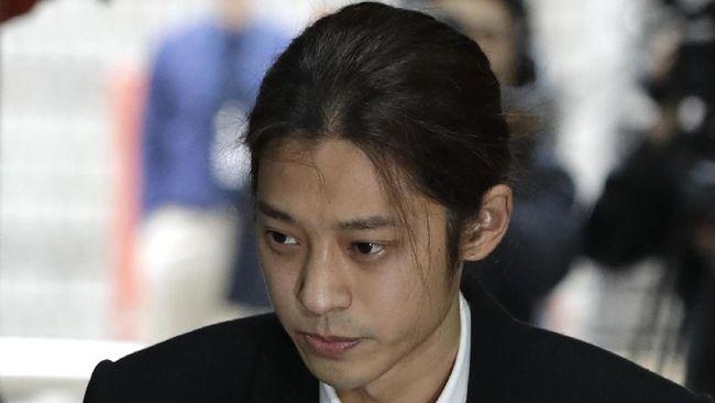 Pengadilan Korea Selatan menjatuhkan hukuman penjara enam tahun pada musisi Jung Joon-young yang dinyatakan bersalah dalam kasus pemerkosaan berat.