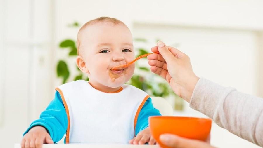 Daftar Makanan yang Bantu Menaikkan Berat Badan Si Kecil