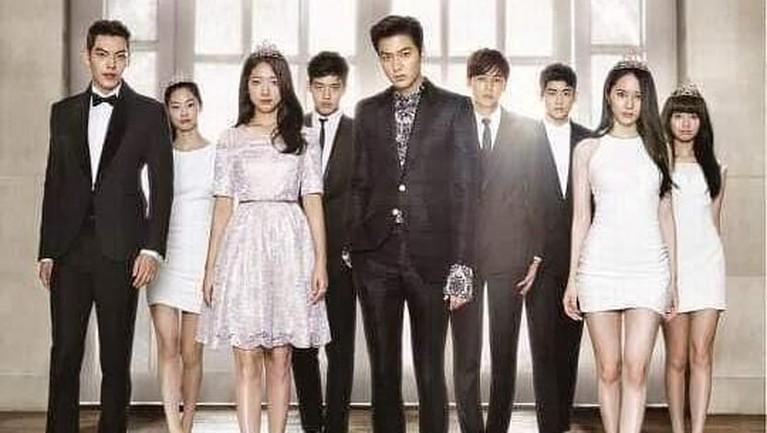 Park Shin Hye menuai sukses lewat drama The Heirs. Terhitung perempuan 29 tahun mendapat hingga tujuh piala dari berbagai ajang penghargaa Korea.