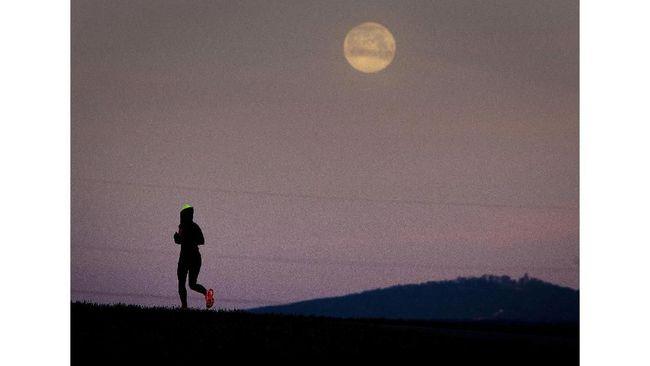 Bulan purnama yang dikenal sebagai Hunter's Moon di dunia barat terakhir bisa dinikmati hari ini.