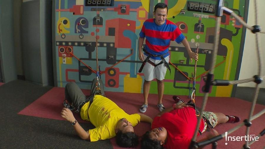 Ruben Onsu Ajak Penonton Brownis Seru-seruan di Wall Climbing
