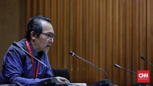 Saut Sitomorang, Wakil Ketua KPK, menilai calon pimpinan seharusnya mendukung memperkuat KPK bukan melemahkannya melalui RUU KPK.