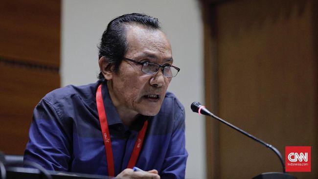 Wakil Ketua KPK Saut Situmorang mengaku tak bisa mencegah para pegawai KPK mundur, imbas dari pengesahan revisi UU KPK.