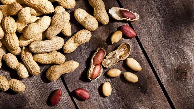 Diet dapat memengaruhi sindrom ovarium polikistik (PCOS). Beberapa makanan dapat membantu mencegah dan mengatasi PCOS.