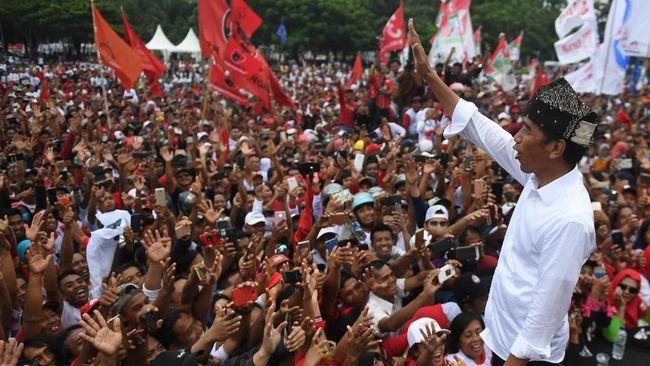 Capres nomor urut 01 Jokowi berjanji untuk memperpanjang Dana Otsus Aceh jika terpilih kembali sebagai presiden demi peningkatan kesejahteraan warganya.