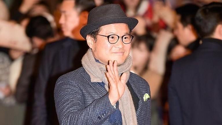 Kim Sang Ho berperan sebagai Moo Young dalam drama Korea Kingdomyang diproduksi Netflix.