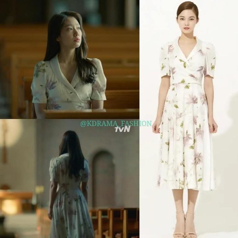 Park Shin Hye juga memukau dengan dress motif bunga dalam drama Memories of the Alhambra. Dress dari Avouavou ini bisa jadi inspirasi kamu buat sehari-hari, lho!