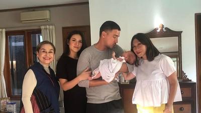 Baby Zalina Foto Kopian Ayah Hamish atau Bunda Raisa Ya?