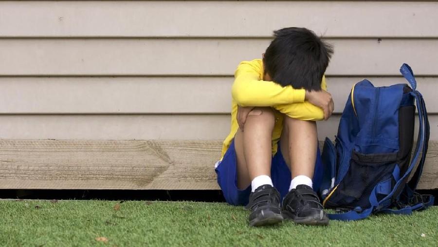 Studi: Kecemasan pada Anak Terkait Sering Bolos Sekolah