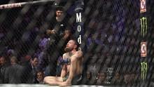 Khabib Ejek McGregor yang Doyan Tidur Usai Kalah di UFC 257