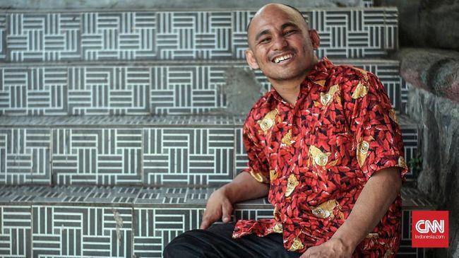 Seorang difabel di Minahasa Utara berjuang dalam masa kampanye pemilu untuk memenangi kontestasi Pileg DPR RI dari Dapil Sulut.