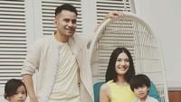 <p>Judika menikahi Duma Riris pada 31 Agustus 2013, dengan mengusung adat Sumatera Utara. (Foto: Instagram @jud1ka)</p>