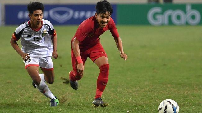 Gelandang Timnas Indonesia U-19 Witan Sulaeman jadi pesepakbola Indonesia yang memiliki durasi berpuasa lebih lama pada Ramadan tahun ini.
