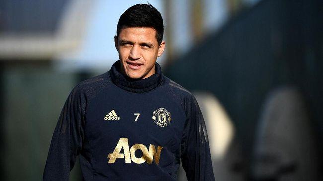 Striker Alexis Sanchez melontarkan komentar mengejutkan dengan ingin kembali ke Arsenal usai menjalani latihan bersama MU.