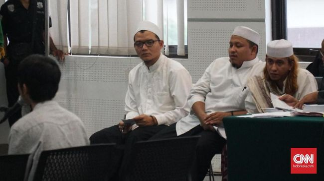 Sopir taksi online, Andriansyah mengatakan kasus penganiayaan yang dilakukan Bahar bin Smith sudah selesai secara kekeluargaan.