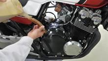 Ciri-Ciri Motor Harus Ganti Oli dan Cara Menggantinya Sendiri