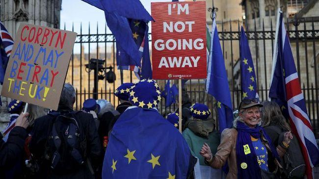 Uni Eropa mengabulkan permohonan Inggris untuk meminta perpanjangan waktu Brexit selama enam bulan.