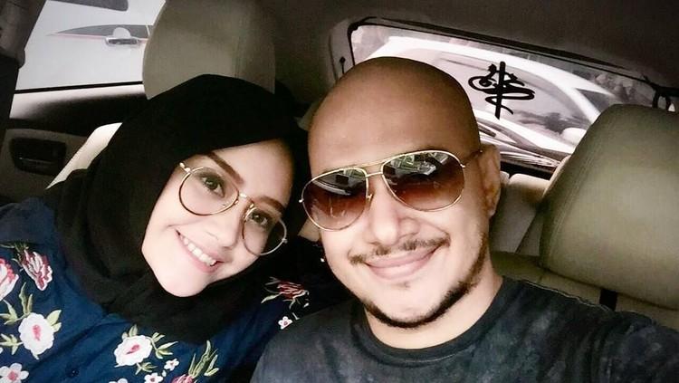 Husein Alatas dan Annisa Nabillah dikaruniai seorang bayi laki-laki. Kira-kira apa arti nama buah cinta pasangan ini ya, Bun?