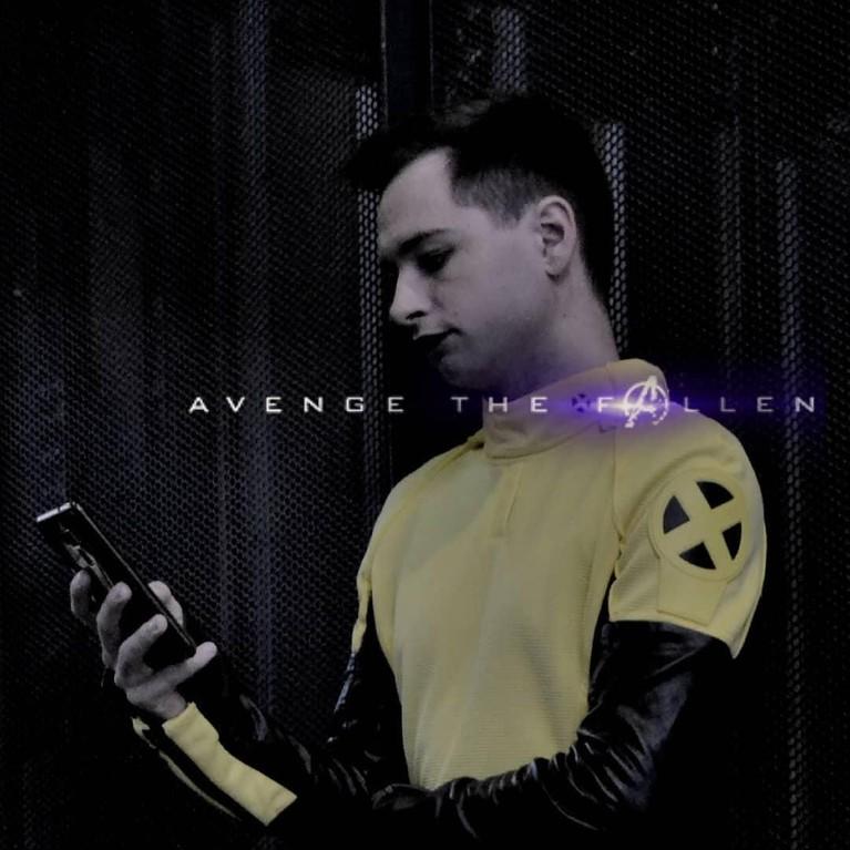 seperti halnya deadpool, anakmagang x-man ini kayanya emang mau join Avengers nih Insertizen.