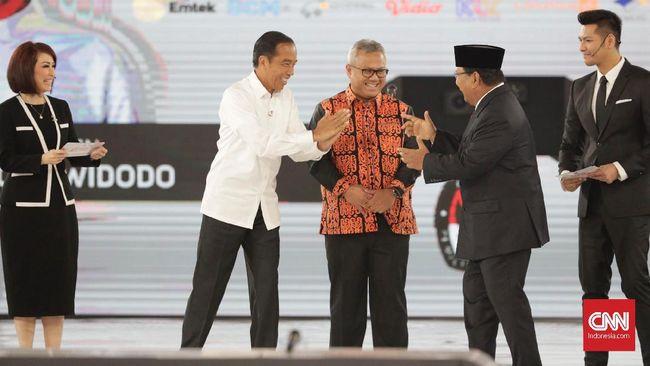 Jokowi pamer soal pasukan terintegrasi yang tersebar di titik terluar Indonesia. Prabowo meyakini kekuatan pertahanan Indonesia saat ini masih lemah