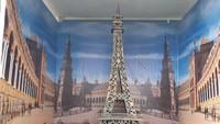 <p>Mau foto di Menara Eiffel juga boleh. Ya, karena area-area yang disebut spot <em>selfie</em> nuansa Eropa memang ditujukan bagi pengunjung yang ingin foto dengan suasana Eropa, Bun.</p>