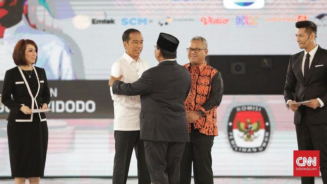 Lini masa Twitter pada Sabtu (30/3) menunjukkan topik terkait debat capres keempat mendominasi trending topic Indonesia.