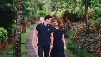 Bikin Adem, 6 Momen Romantis Asty Ananta Bersama Suami