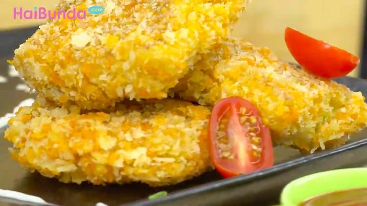 Ingin menyantap makanan ala masakan Jepang yang praktis? Langsung buat telur dadar saus okonomiyaki yuk, Bun!