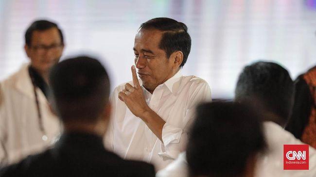 Real count KPU yang dirilis di Situng KPU baru mencapai 0,34 persen suara masuk dengan hasil sementara Jokowi unggul selisih 18,8 persen dari Prabowo.