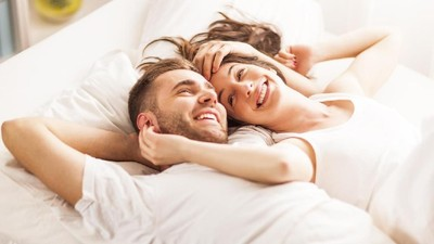 Tips Lakukan Morning Sex yang Bermanfaat untuk Kesehatan