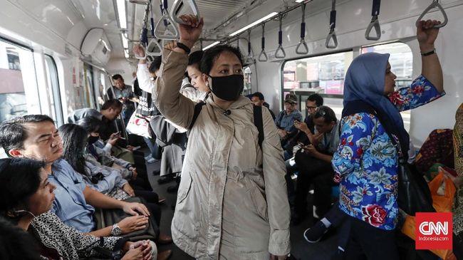 Corporate Head Secretary PT MRT Jakarta Muhammad Kamaludin menyatakan makan dan minum diperbolehkan hanya untuk kepentingan pembatalan puasa.