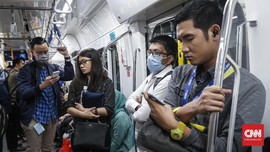 FOTO: MRT Jakarta Sudah Tak Gratis Mulai Bulan Ini
