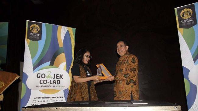 Universitas Indonesia menggandeng Gojek untuk mencetak individu terkait dengan kesiapan memasuki revolusi industri 4.0 dengan kolaborasi strategis.