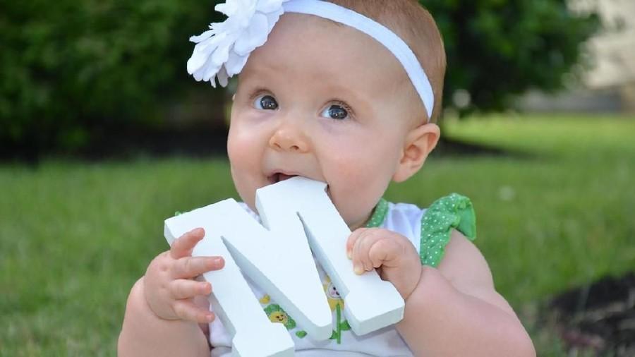 20 Inspirasi Nama Bayi Perempuan Berawalan M dari Berbagai Negara