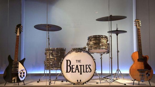 Koleksi tersebut merupakan salinan dari album kontroversial The Beatles, 'Yesterday and Today' yang rilis pada 1966.