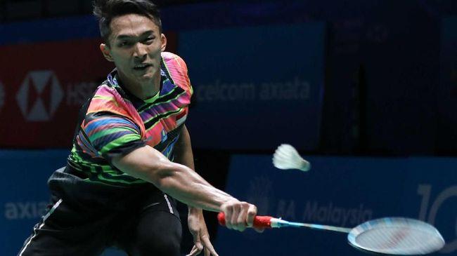 Jonatan Christie berhasil lolos ke babak perempat final Malaysia Terbuka 2019 setelah mengalahkan ungggulan pertama, Kento Momota.