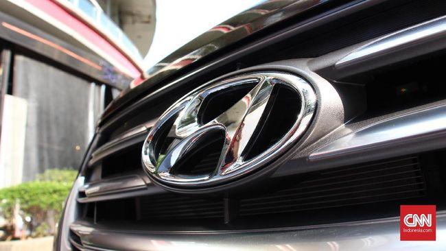 Menteri Luhut Binsar Panjaitan menjelaskan pabrik Hyundai akan selesai Maret 2021, namun saat ini baru rampung 90 persen.