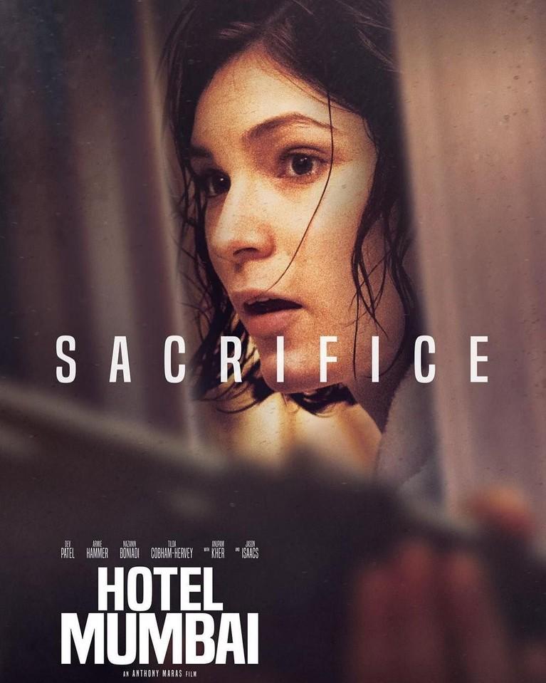 Dalam film Hotel Mumbai ini, Tilda Cobham-Hervey berperan sebagai nanny Sally.