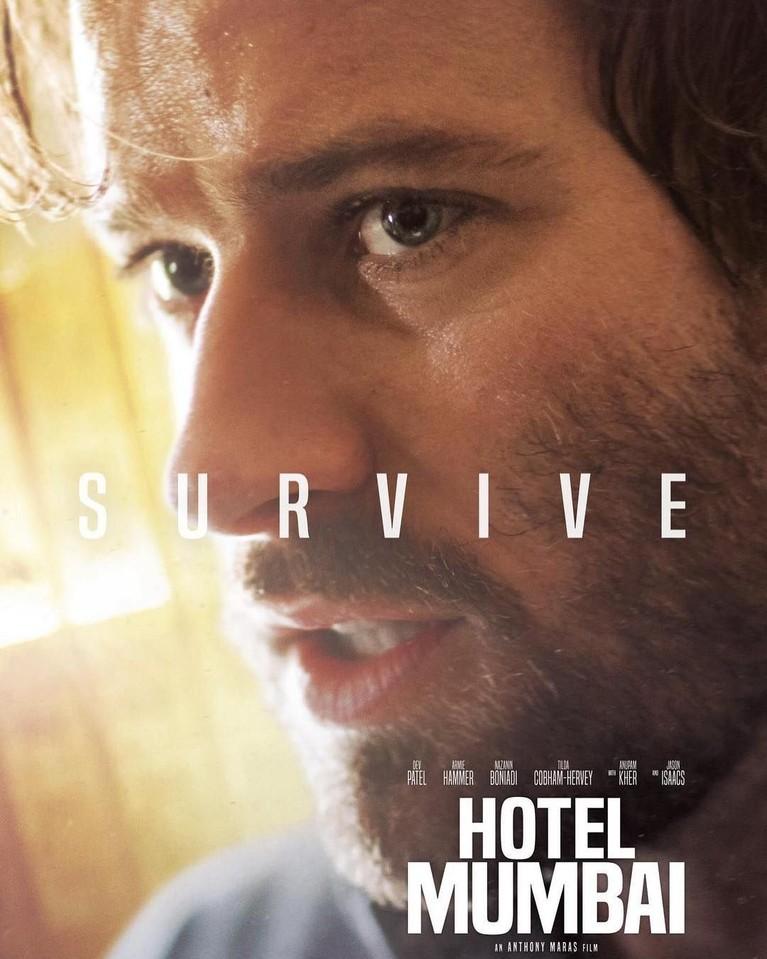 Armie Hammer yang berperan sebagai David merupakan suami Zahra yang diperankan oleh Nazanin Boniadi. Keduanya ialah tamu hotel TajMahal Palace, Mumbai.