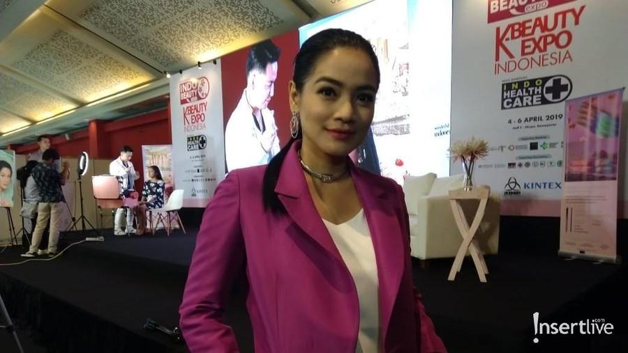 Indo Beauty Expo, Titi Kamal Launching 3 Produk Baru