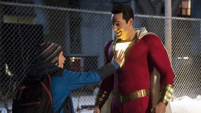 Aktor Zachary Levi mengaku kostum yang dikenakannya di film Shazam! sangat tidak nyaman.