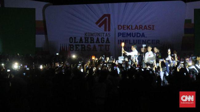 Jokowi membeberkan catatan positif Indonesia di Asian Games 2018 hingga Timnas sepak bola yang mampu menjuarai kompetisi AFF U-22.