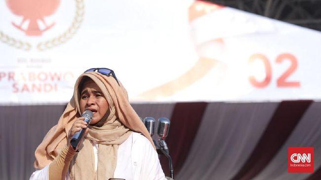 Neno Warisman mengajak massa Tahlil 266 untuk terus berjuang apabila MK memutuskan Jokowi-Ma'ruf sebagai pemenang Pilpres 2019.