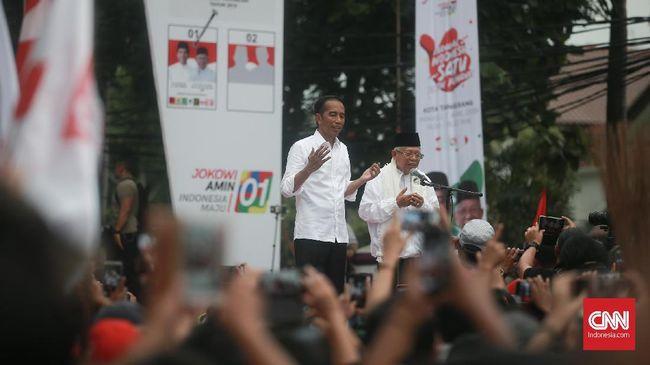 Simbol sapu dianggap Jokowi mampu melambangkan semangat menghapus fitnah, hoaks hingga hasutan selama gelaran Pilpres 2019.