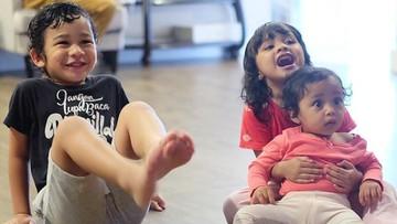 Intip 7 Momen Lucu & Menggemaskan Ketiga Anak Shireen Sungkar