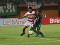 Persebaya vs Madura United Sama Kuat di Babak Pertama